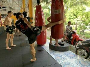 kickboksen recreanten, kickboksen beginners, muay thai den bosch, kickboksen den bosch